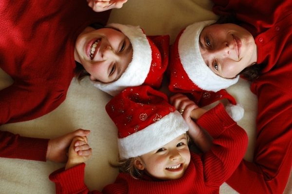 4 Ways to Create Matching Christmas Outfits