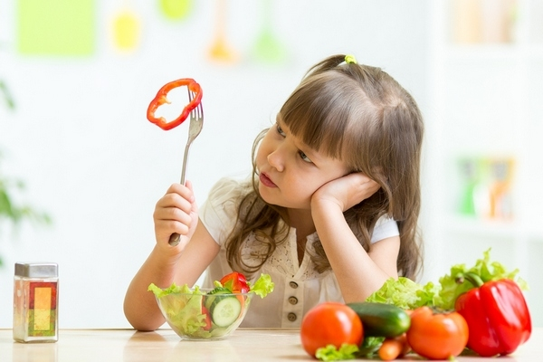 Tips to make kids taste more food that they disliked before
